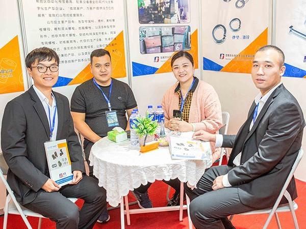 预祝河北亿鑫紧固件公司和大久五金公司合作顺利