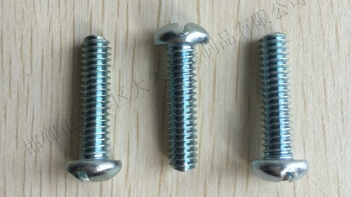 为什么德国工人拧六角螺栓拧三圈回半圈?